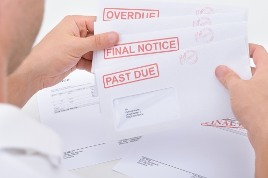 How long do you have to collect outstanding invoices